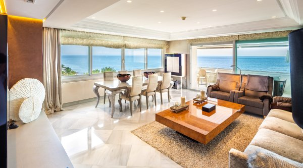 Marina Mariola Marbella, 3 Bedrooms Apartment.