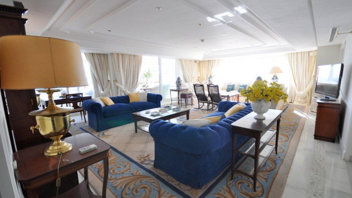 Marina Mariola Marbella Ático 5 dormitorios Frontal Sur con piscina privada
